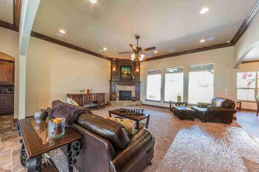 Quail Hollow Living Room - SWM & Sons